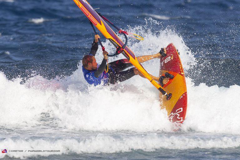 Die besten Windsurfer der Welt in El Médano bei dem PWA World Cup Tenerife