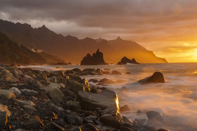 Die fünf Strände Teneriffas mit den spektakulärsten Sonnenuntergängen